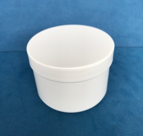 150ml White Plastic Storage Jars with Screw Caps